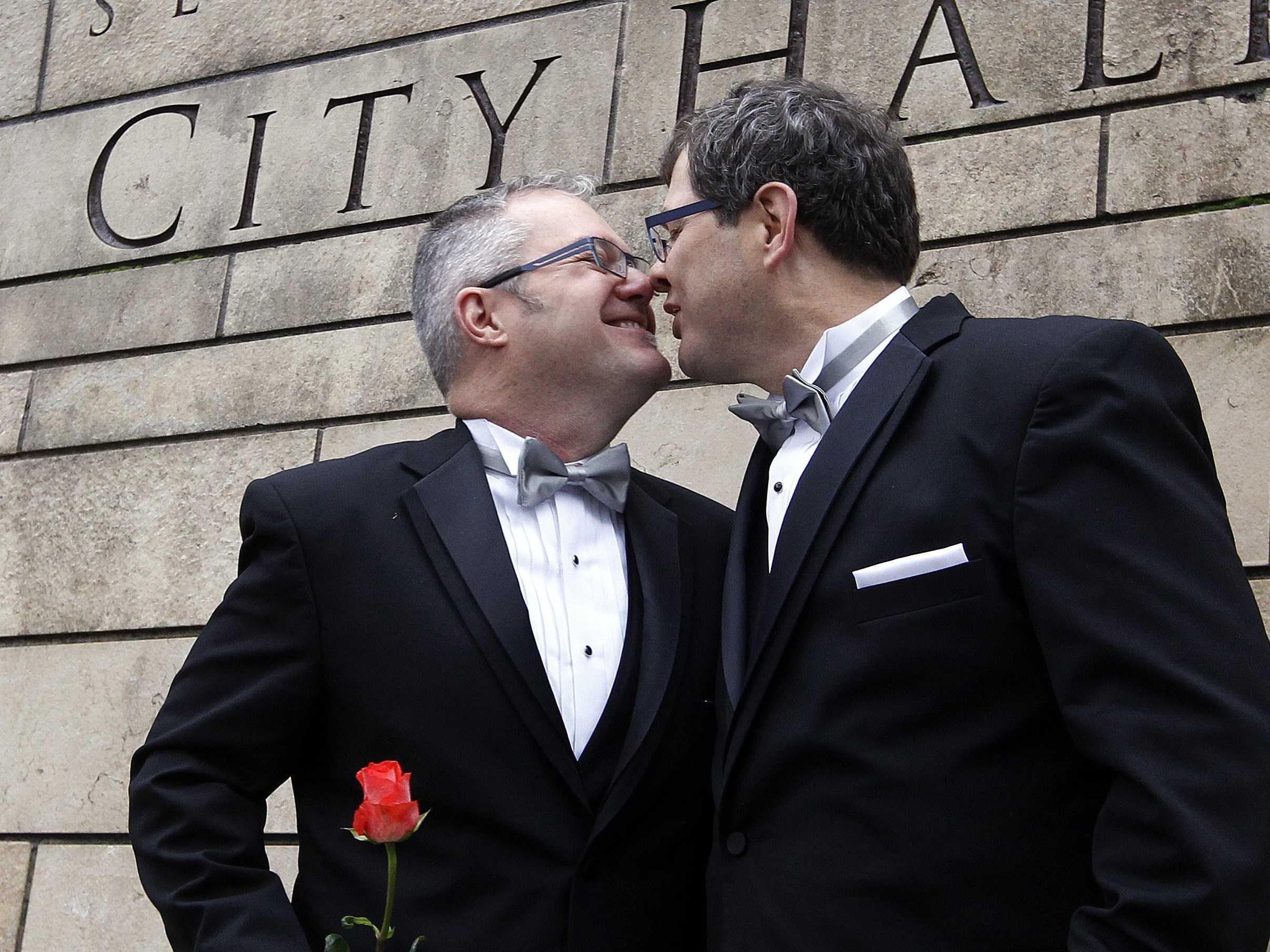 John boehner reacts to obama talking about gay marriage in typical john boehner fashion