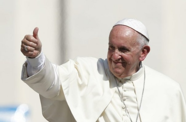Pope Francis 'not welcome' in NI, says Rev David McIlveen