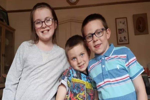 Met Police launch social media appeal for three missing UK siblings