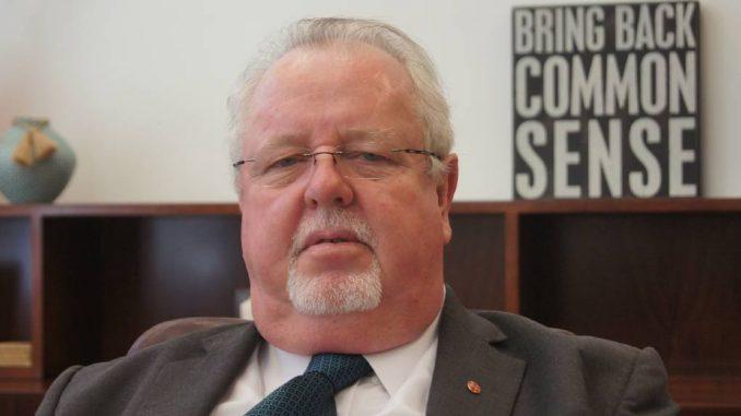 Australian Senator declares himself female to neuter leftists attackers